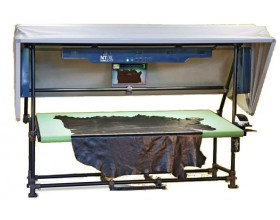 Столы для дефектовки кож и предварительной раскладки