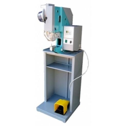 Автоматическая машина вставки заклепок M11 R-E