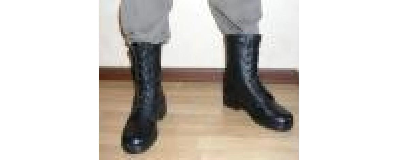 Россия останавливает экспорт кожи для пошива армейской обуви