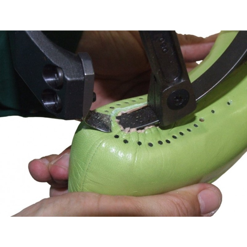 Машина для обрезки подкладки и облоев Colli GP 10